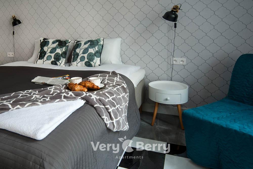 Apartamenty Targowe Chełmonskiego 20 Poznan - Very Berry Apartments (15)