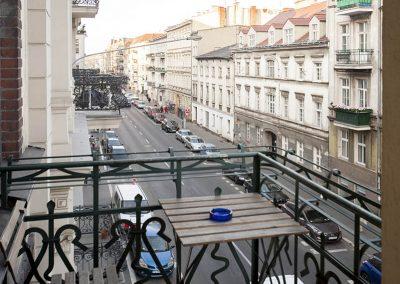 Apartament z balkonem Poznań centrum Garbary 27 - Very Berry Apartments (2)