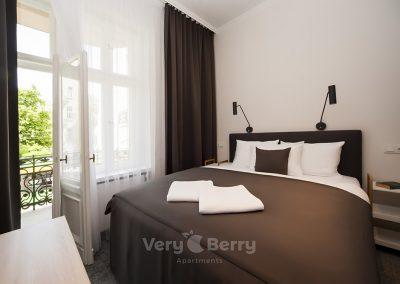 Apartamenty przy Targach w Popznaniu Glogowska 39 - Very Berry (1)