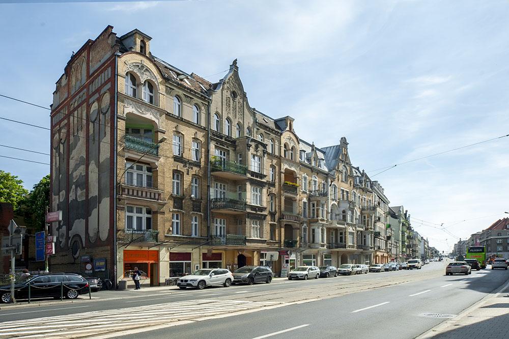 Apartamenty Poznan Glogowska blisko targow Very berry (2)