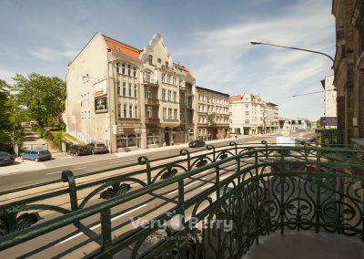 Apartamenty przy Targach w Popznaniu Glogowska 39 - Very Berry (7)