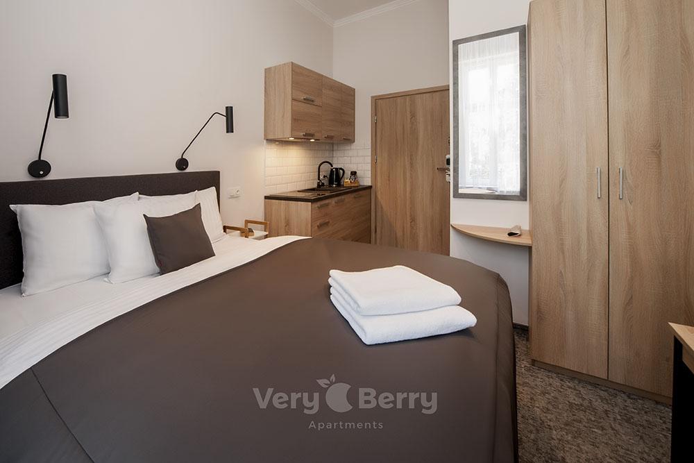 Apartamenty przy Targach w Popznaniu Glogowska 39 - Very Berry (8)