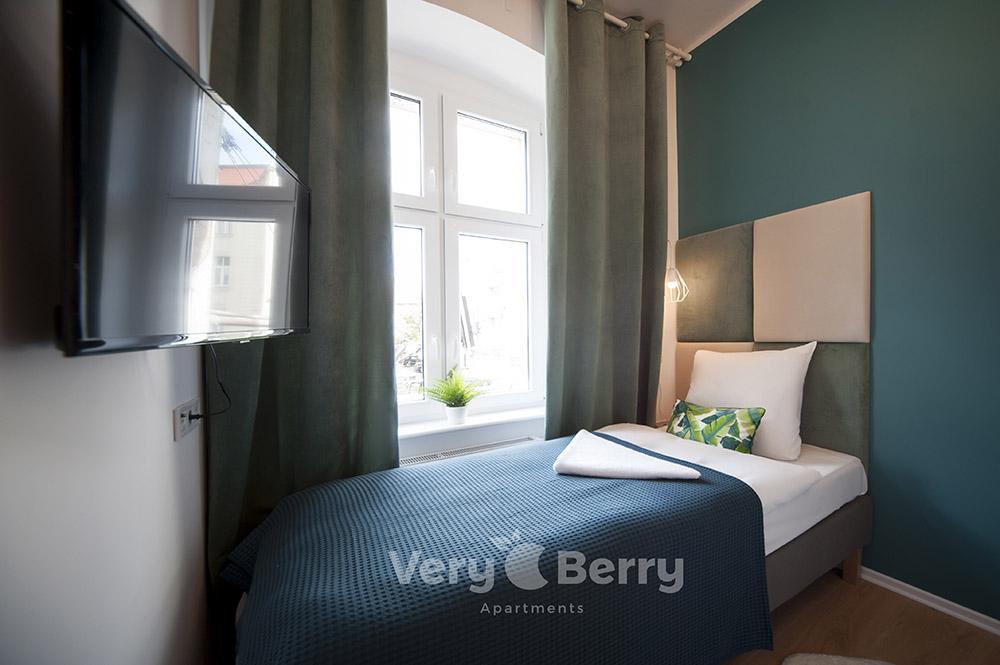 Apartamenty przy targach w Poznaniu ul. Głogowska 35a - Very Berry Apartments - check in 24h